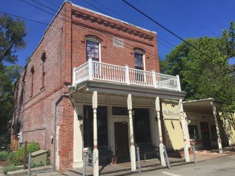 The Jack London Saloon - Exterior